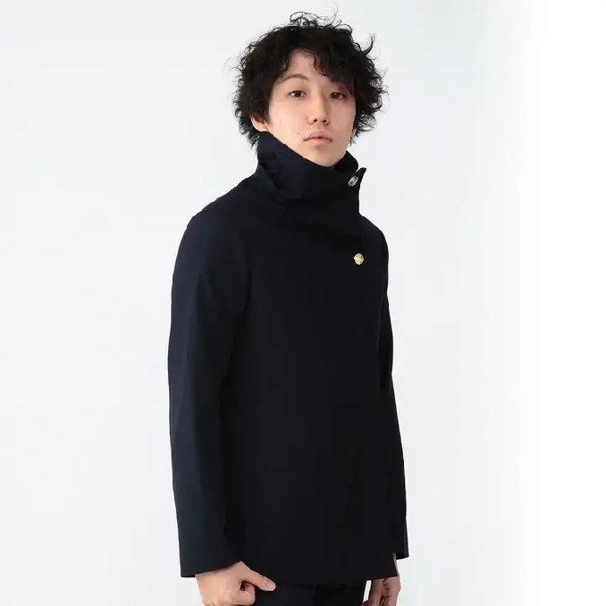 Jujutsu Kaisen: Die Uniformen der Charaktere könnt ihr jetzt im Real Life tragen