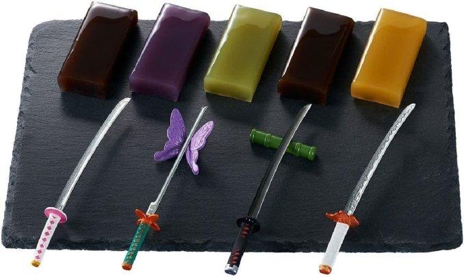 Demon Slayer: Diese neuen Mini-Schwerter eignen sich perfekt fürs Dessert